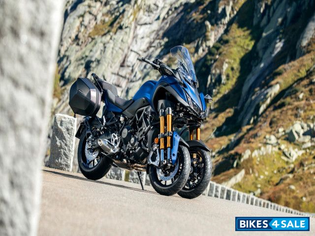 Yamaha Niken Gt Motorcycle Price Review Specs And Features